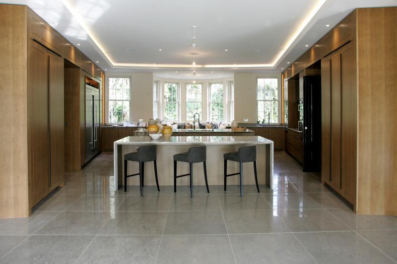 <p>Kitchen Family Room</p>