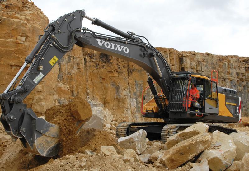 Hutton Stone's new excavator