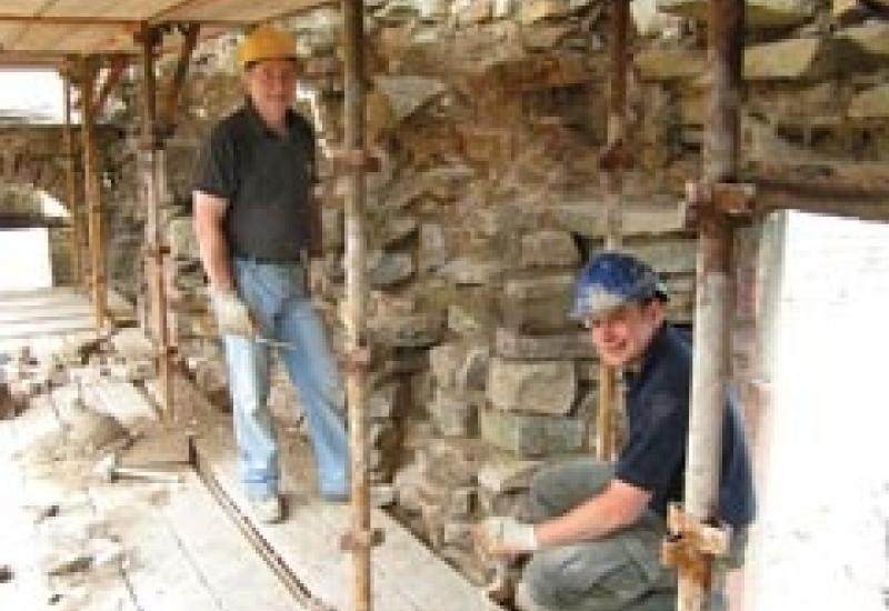 Father and son stonemasons Mike and Gary Simpson stopped their other work to devote their time to Blenkinsopp Castle.