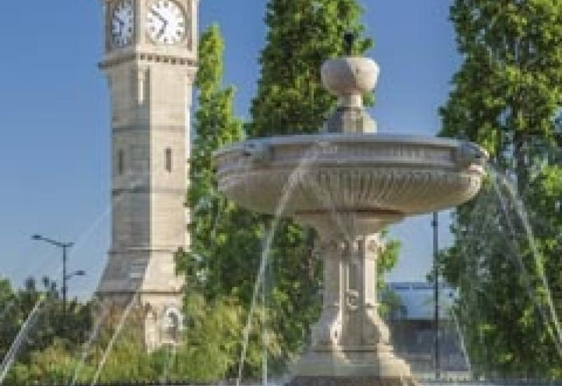 Barnstaple Fountain and clock towaer after cleaning with Doff.
