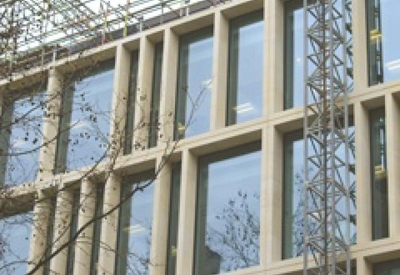 There are 88 post-tensioned Cadeby limestone columns in Southampton Row manufactured at the quarry.