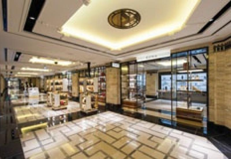 Stone continues to play a major part in the Tile Awards. This is Harrod's Shoe Heaven, with its Moleanos, Grigio D and Nero Marquina floors.