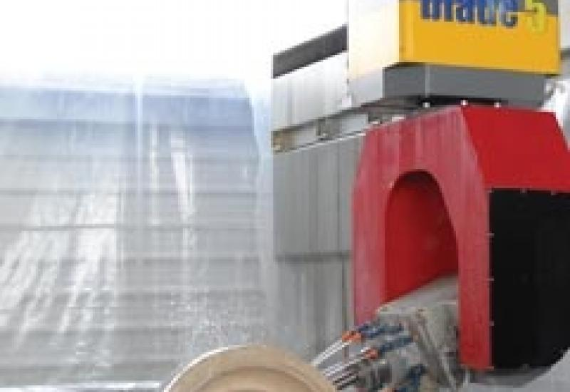 The Omag Blade5, a heavyweight solution to stone processing.