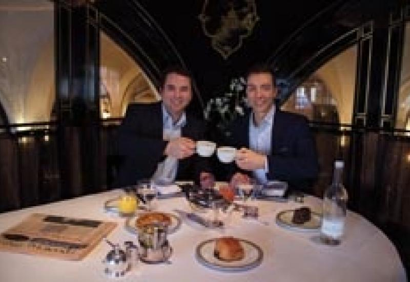 Mark Styles (left), the Managing Director of Thomann Hanry, enjoys a cup of tea at The Wolesley with Thierry Schoen.